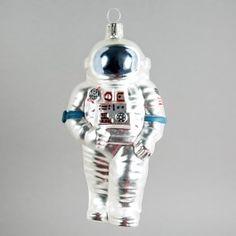 Der mattglänzende Astronaut in Silber ist in amerikanischer Mission unterwegs und möchte nicht auf dem Mond, sondern bei Ihnen landen.</p><strong>Einer unserer Bestseller ist nun wieder verfügbar!</strong></p>
