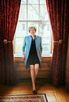 """Theresa May by Annie Leibovitz , US Vogue , april 2017 """