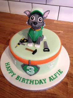 Paw patrol Rocky cake Torta Paw Patrol, Paw Patrol Cupcakes, Paw Patrol Birthday Cake, Paw Patrol Party, Thomas Birthday, Fourth Birthday, Baby First Birthday, 4th Birthday Parties, Cake Disney