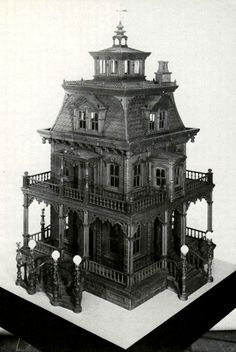 haunted dollhouse. This is awesome!