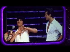 Strictly Live Tour 2016 - O2 , Anita and Gleb with Mel doing Rampant crab move - YouTube