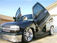 This is my sled 2004 Chevy Tahoe; lined with seats off of a 2003 Escalade and Louise Vuitton lining. 9 monitors, three woofer box and a 12-switch box for the suspension. Stay tuned. Joe Teposte/Yuma News Hound