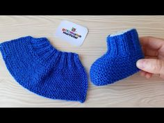 Knit Slippers Free Pattern, Baby Booties Knitting Pattern, Crochet Slipper Pattern, Booties Crochet, Knitted Slippers, Crochet Shoes, Baby Knitting Patterns, Baby Patterns, Knitted Hats