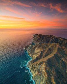 Catalina Island Avalon California. Photography by @billy_o_ by aroundtheworldpix