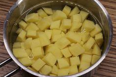 Zelňačka s klobásou - Meg v kuchyni Cantaloupe, Fruit, Food, Essen, Meals, Yemek, Eten