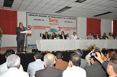 El gobernador Javier Duarte de Ochoa asiste Ceremonia de Inauguración de la Etapa Estatal del 5° Congreso Nacional de Educación y del 3er Encuentro Nacional de Padres de Familia y Maestros.
