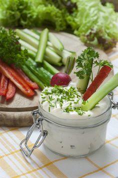 Peu de calories avec cette recette de dip, une manière gourmande de donner envie de légumes frais