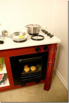 kids play stove and oven with real wire oven rack! so many cute and clever ideas, like a bread pan sink