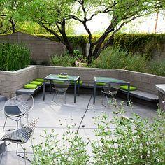 Patio (i like the bench/wall idea for the back patio)