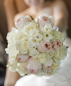 Pastel Bouquet | Pastel bridal bouquet with white roses and light pink peonies.