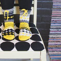 kuvioneule villasukat kuviosukat Knitlob's Lair Louhittaren Väinämöinen Luola Snurre