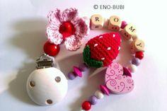Schnullerkette für Mädchen mit Erdbeere und Blume