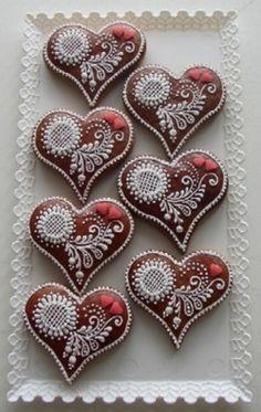 heart cookies Fancy Cookies, Heart Cookies, Iced Cookies, Cute Cookies, Cupcake Cookies, Cookies Et Biscuits, Cookie Favors, Flower Cookies, Easter Cookies