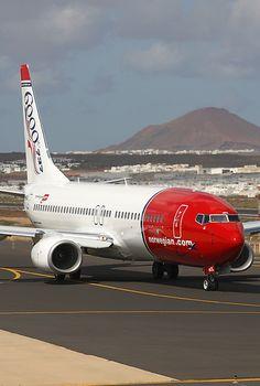 Norwegian Air Shuttle Boeing 737-8Q8 LN-NOL
