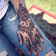 fusion style henna design | henna tattoo for hands