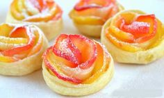 Apple and puff pastry roses