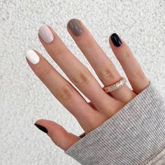 Nails After Acrylics, Fall Manicure, Fall Nail Polish, Black Manicure, Fall Nail Art, Gray Nails, Neutral Gel Nails, White Gel Nails, Gradient Nails