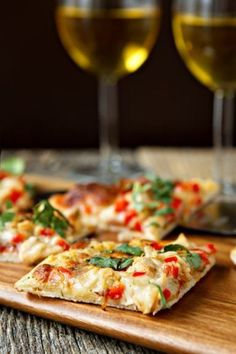 Spicy Chicken and Pepper Jack Pizza made with Pepper Jack cheese is the perfect flatbread pizza for game night