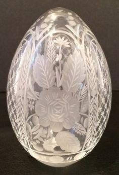 Vintage-Russian-Imperial-Rose-Faberge-Cut-Clear-Crystal-Art-Glass-Egg-Signed