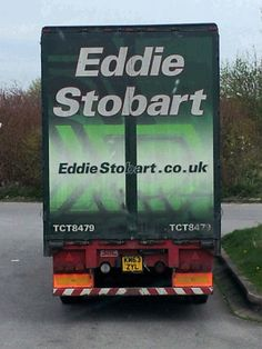A not so smart Stobart truck. dirty truck amd a scabby under run bar, times must be hard at camp Stobart, better sell some more toys to prop up the business Eddie Stobart Trucks, Big Trucks, Bill Reid, Fan Picture, How To Look Better, Monster Trucks, Sweets, Group, World