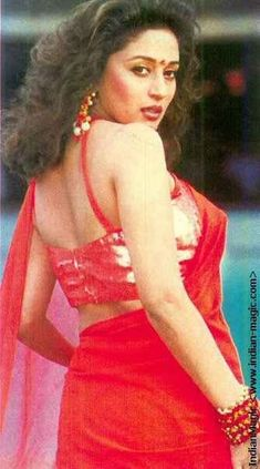 Madhuri Dixit's Lovers - Google+ Indian Bollywood Actress, Indian Film Actress, Beautiful Bollywood Actress, Most Beautiful Indian Actress, Bollywood Fashion, Beautiful Actresses, Indian Actresses, Madhuri Dixit Saree, Vintage Bollywood