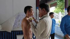 #Thai #prisonguard preparing #inmate #fighter before @prisonfight event. #police #prison #prisonfighters #boxing #worden #video #commingsoon #archive International Teams, Martial Arts, Prison, Couple Photos, Couples, Couple Shots, Couple Pics, Couple Photography, Martial Art
