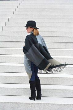A Lily Love Affair: Your Fall Must-Have Cape @ColdwaterCreek cape, @ninewest #otkboots, @loft denim leggings, @wearellison sunglasses, @JJillStyle bucket bag #FallFashion #ootd