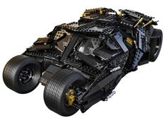 LEGO sort la Batmobile de The Dark Night