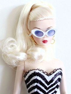 Debut silkstone Barbie with glasses on!:) cool!!   Barbie Collector