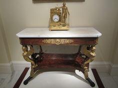 Federal table with Washington clock