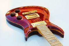 Custom handmade electric guitar. Andylucas guitars. Made in France.