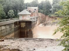 Lake Barcroft in Annandale, Va., after the dam broke during Hurricane Agnes, 1972 Atlantic Hurricane, Falls Church, War Photography, Home Again, June 22, 40th Anniversary, Winchester, Old Photos, Mud