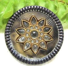 SPARKLING VICTORIAN MOTTLED BUFFED CELLULOID BUTTON W/ JEWELED FLOWER Y17