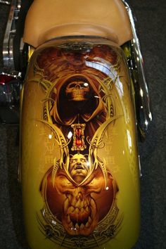 Airbrush Pin Galleries - Best Airbrush Art Images, Videos and Galleries: share, rate thousand of Pictures and discover the latest uploads! - Just Airbrush Custom Paint Motorcycle, Motorcycle Tank, Airbrush Art, Harley Davidson Images, Rock And Roll, Custom Tanks, Custom Airbrushing, Paint Photography, Harley Bikes