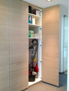 einbauschrank wandschrank flurschrank garderobe lackiert einbauschrank pinterest. Black Bedroom Furniture Sets. Home Design Ideas