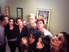 | THE VAMPS APOLOGISE TO FIFTH HARMONY LAUREN JAURGUI | http://www.boybands.co.uk
