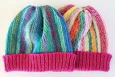 GREITZAN: Lika restgarnsmössor men ändå olika Knit Crochet, Crochet Hats, Quick Knits, Cardigan Pattern, Knitting For Kids, Striped Cardigan, Pattern Books, Rose Buds, Mittens