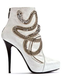Ladies' Boot Trends Fall/Winter 2011 - 2012