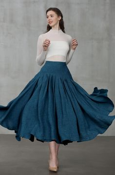 May 2020 - heavy linen skirt, peacock blue skirt Blue Skirt Outfits, Modest Outfits, Crinoline Skirt, Swing Rock, Long African Dresses, Winter Rock, Womens Linen Clothing, Modest Clothing, Linen Skirt