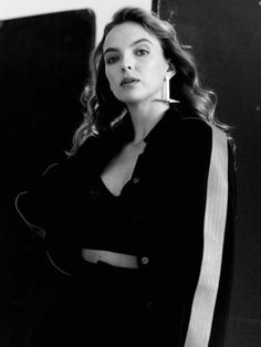 Jodie Comer - black-&-white photoshoot for Air magazine 2019 Pretty People, Beautiful People, Russian Wife, Actor Studio, Jodie Comer, Actor Model, Selfie, Pretty Face, Celebrity Photos