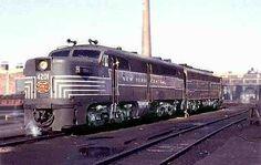 & New York Central ALCO & cabless booster passenger locomotive. (AAR) - 2000 H. Train Pictures, Jesus Pictures, New York Central Railroad, Rail Car, Rolling Stock, Train Journey, Diesel Locomotive, Best Model, Vintage Artwork