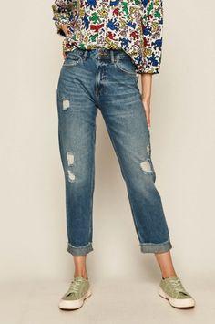 Medicine - Jeansi dama cu talie inalta si aspect spalacit Mom Jeans, Capri Pants, Skinny, Denim, Products, Fashion, Moda, Capri Trousers, Fashion Styles