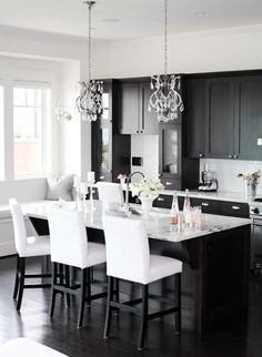 GEORGICA POND: My next kitchen - Black and White