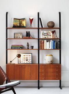 mid century shelving designs | love this shelving unit. Mid-century style shelving always seems to ...