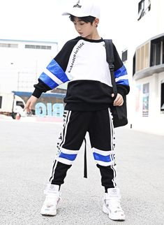 Toddler Boys, Kids Boys, Baby Kids, Cute Baby Clothes, Korean Outfits, Baby Outfits, Cute Babies, Toddlers, Kids Fashion