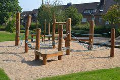Der aktuelle Top-Treffpunkt in Mönchengladbach: Der Spielplatz hinter der evangelischen Kirche in Giesenkirchen! (26.07.2012)