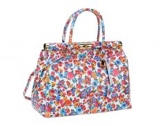 geanta pretta imprimeu floral - genti dama Clutch Purse, Fashion Shoes, Purses, Shoe Bag, Floral, Bags, Handbags, Handbags, Flowers