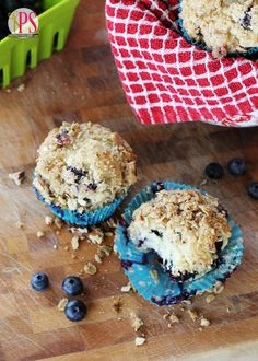 Blueberry Muffins with Oat-Pecan Streusel - Positively Splendid {Crafts, Sewing, Recipes and Home Decor}