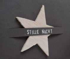 Schlichte Weihnachtskarte mit herausnehmbarem Stern
