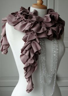 ruffles :)- This is gorgeous! Ruffle Scarf, Skinny Scarves, Lilac Color, Soft Classic, Soft Summer, Dressed To Kill, Fall Winter Outfits, Rose Petals, Scarf Styles